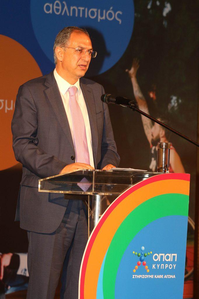 Υπουργός Παιδείας και Πολιτισμού  Κώστας Καδής